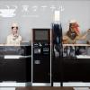 ディズニー近くに【変なホテル】フロントはロボット&恐竜/他スタッフも!